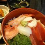 大和 - 海鮮丼