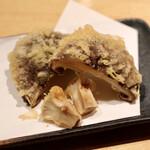 天ぷらと日本酒 明日源 - でっかいしいたけ天