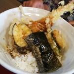 勢川 - 料理写真:実際に見ると本当に大きい海老です!