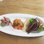 Furansuryouri yaoraryouriten - 前菜3種 鴨 ワラビのピクルス ラタトゥイユ 蛍烏賊と海鮮風味のリゾット
