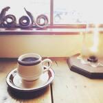チャントルーズ - ホットコーヒー(豆の種類は不定期に変わります。詳しくはスタッフまで。ハンドドリップのため少々お時間をいただきます。)