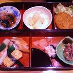 1305023 - 寿司弁当