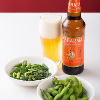 料理によく合うインドビールやワインなどの多彩なドリンク◎
