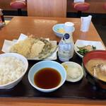 てんや - 料理写真:オールスター天ぷら定食アサリ汁+アスパラのピクルス