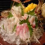 花より魚 - ダルマオコゼとカジカの刺身盛