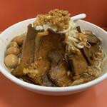 獅子王 - チャーシュー濃厚獅子ふじ麺、大盛り、うずら味玉