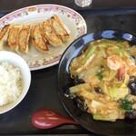 餃子の王将 - 料理写真:春の彩 あんかけチャンポンの餃子一人前+ライス(小)付きのセット