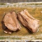 LOOP - 豚のスペアリブ オイスターソース煮込み