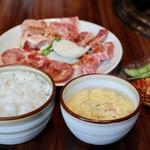 炭火焼肉 源蔵 - 料理写真:源蔵定食