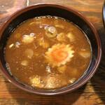 麺屋いちびり - 熱々の魚介系スープ