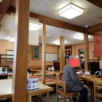 川千家 - 参道側・客席。