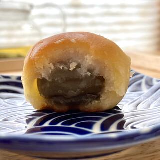 松福堂 - 料理写真:梅野里 ころんと丸い梅の実入り
