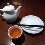 Shanghai Dining 状元樓 - ハーフ&ハーフランチセット