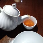 Shanghai Dining 状元樓 - ジャスミン茶