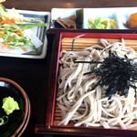 白糸庵 - もり(700円)+天ぷら(100円)
