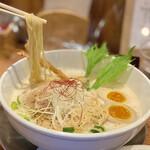 ふじ門 製麺 - リフト