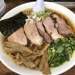 三憩園 - 料理写真:チャーシュウ麺です。