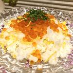 活魚料理 魚榮 - 料理写真:いくらちらし
