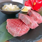 琉球焼肉なかま - 厚切り牛タン
