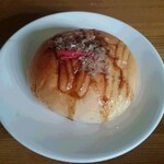 ブレシャス - 料理写真:たこ焼きパン 220円