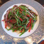 日本料理 芝桜 - 牛肉とピーマンの細切り炒め