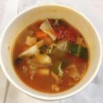 ミバショウ - 日替わりスープは野菜ごろごろマンハッタンクラムチャウダー