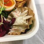 ロウプキッチン - ゴボウサラダ、キュウリのシソ漬け