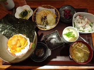 極ダイニング清水 - うに丼と野菜天ぷら御膳