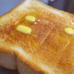 ベーカリー 藹藹 - 食パン