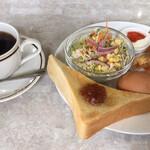 フードバンブー - 料理写真:レギュラーブレンドコーヒー モーニングサービス