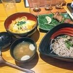 湖穂里 - 川俣シャモの親子丼とそばセット!豪勢な丼そばセット!