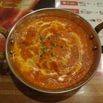 CHAND PUR - チキンバターマサラ (バターとBBQチキンのカレー)