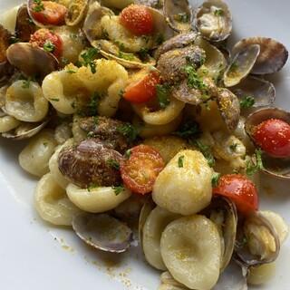 イタリア郷土料理手打ちの生パスタは絶品
