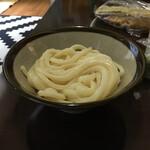 根っこ - 綺麗な麺です
