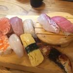 130671142 - 寿司盛り「並」