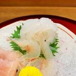 魚人 - 白えび刺身。900円