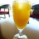 アートガーデン - ドリンク写真:オレンジジュース 500円