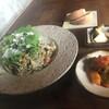 沖縄食材×バル YANBARU - 料理写真:フーチバー(沖縄よもぎ)のジェノベーゼのパスタ(ランチセット)全粒粉入りの沖縄そばの生麺使用。