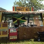 HONEY BEE - 夏なので野外音楽FESへの出店始動です!