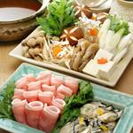 まめや - 牡蛎と豚肉のスペシャル鍋 一人前5500円
