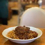 ヴァンカム - 料理写真:ハンバーグとミートソース