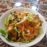 インド・ネパール料理 FULBARI - ランチのサラダ