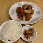 Hokkaien - R2.5  Cランチ 酢豚