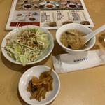 Hokkaien - R2.5  スープ・サラダ・ザーサイ ランチメニュー