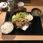 M3 - から揚げ(税込み880円)