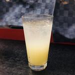 千寿庵 - 柚子酒ソーダ割り