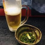 千寿庵 - 口取りと生ビール 一気に飲んでしまいました…
