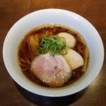 130743304 - 醤油味玉らぁ麺