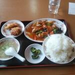 福臨 - 日替りランチB酢豚+唐揚(2コ)定食