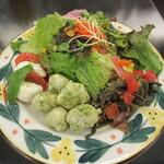 ピッツェリア ダ グランツァ - ランチの前菜とサラダ